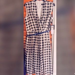 Womens Belted Midi Printed Dress with Vneck